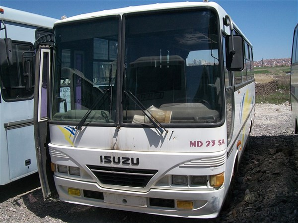 ISUZU MD23 SA 2002 MODEL.